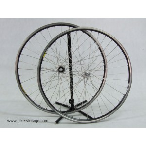 Campagnolo chorus wheels set era C record with quick release campagnolo omega rims 8 speed